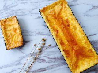 原味芝士條,出爐冷藏幾個小時再吃,非常好吃,如果覺得甜度不夠 可以淋點蜂蜜  也很好吃
