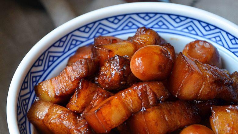 鹌鹑蛋烧肉,肥而不腻的五花肉