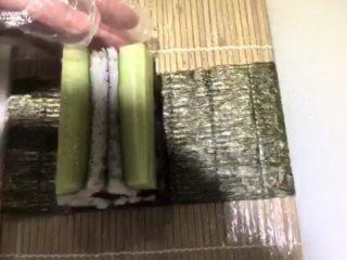 四喜寿司卷,重叠起来