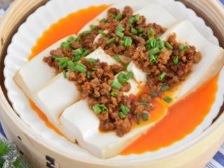 适合夏天在家做的家常菜——肉末蒸豆腐