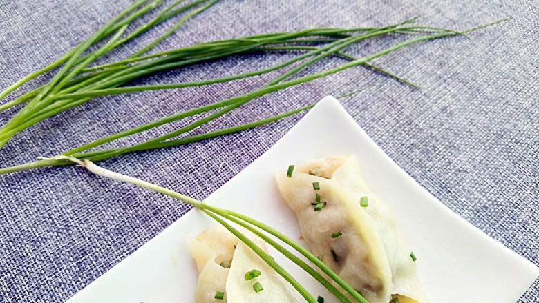 早餐锅贴,香葱的多种维生素和抗菌功能,健脾开胃,多多食用意义非凡!