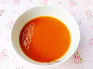香辣花甲,勾芡:放生粉(淀粉)、小量生抽、清水。(生抽不要放太多喔)