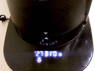 香浓玉米汁,营养不浪费,用浓汤键。