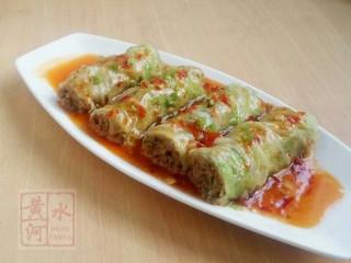 鱼香白菜卷,浇在白菜卷上