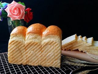 日式甜面包-中种法,颜色好赞