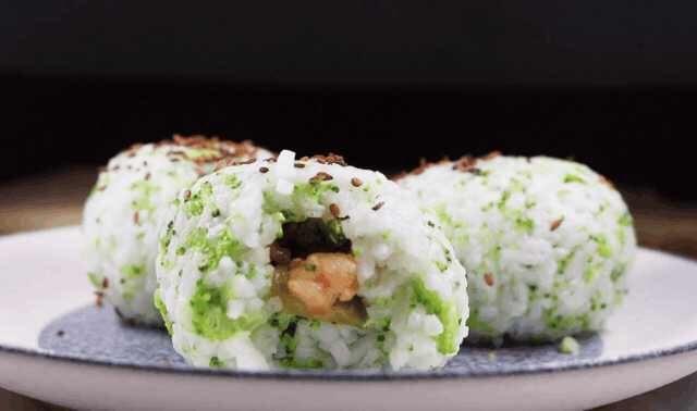 西兰花虾米饭团