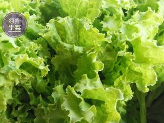 凉拌生菜,新鲜生菜去除黄叶、菜茎。