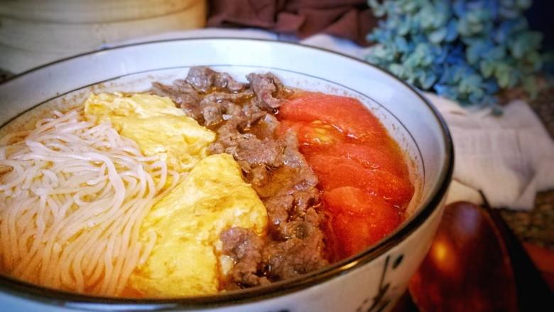 番茄鸡蛋牛肉粉