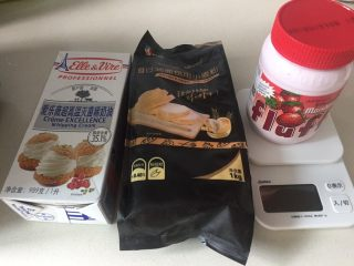 肉松小面包,fluff 液体棉花糖替代平时常用的细砂糖。
