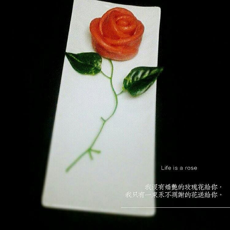 玫瑰花馒头,成品图。