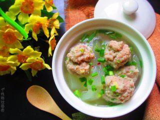 肉丸冬瓜汤—夏日清爽靓汤,冬瓜透明绵软,汤汁鲜甜