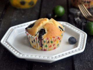 蓝莓爆浆麦芬蛋糕,蓝莓爆浆麦芬蛋糕,开启全新的一天!