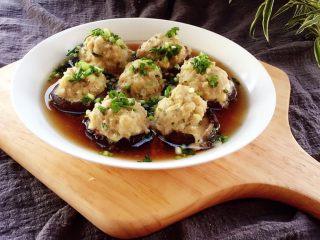 香菇酿肉,汤用来拌饭,不二之选。