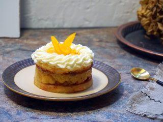 奶黄千层果味奶油蛋糕