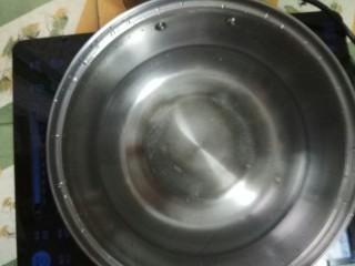 苦瓜黄蚬降火汤,烧水
