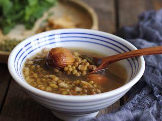 金银花薄荷玉竹绿豆汤