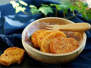 黄金香辣脆饼,搭配米粥,早餐美美的享受吧
