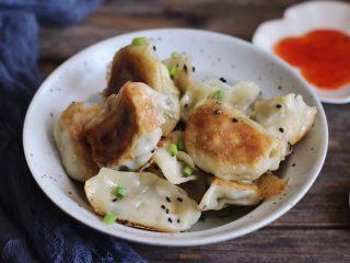脆底煎饺(速冻饺子的救星)
