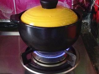 绿豆汤,加盖大火