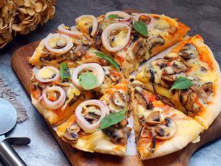 海陆双拼披萨,不错吧
