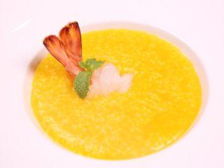 粗粮金汤明虾粥,最后再来个黄金视角,希望能够得到大家的喜欢。
