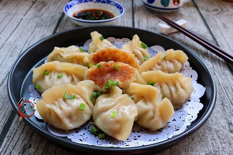 鲜嫩多汁的凉薯鲜肉煎饺