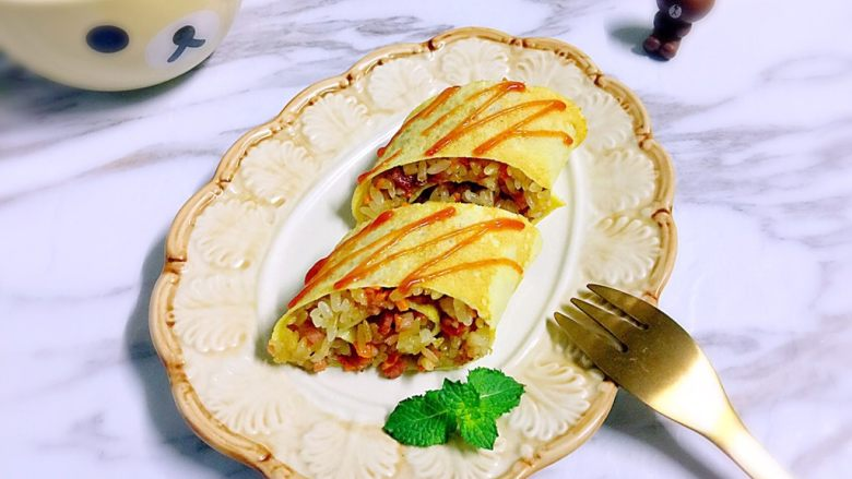 培根胡萝卜鸡蛋卷饭团