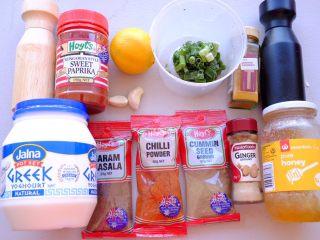 秘制异国风味鸡胸肉腌料&绝佳搭配 (减肥必备),印度风味姜黄孜然味腌料的材料如上👆