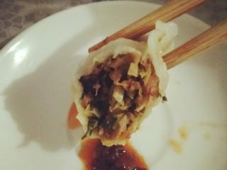 好吃的青菜香菇包子加饺子