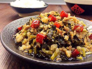 酸菜炒肉末~附上酸菜制作方法!