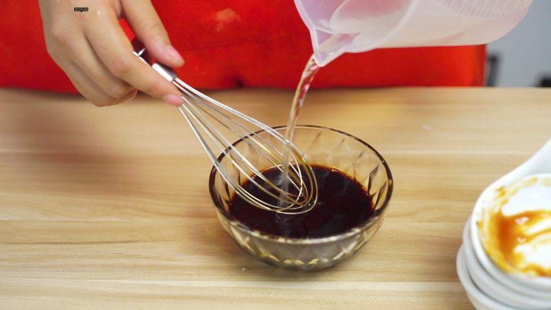 必吃的广东小吃——广州肠粉,加50ml水