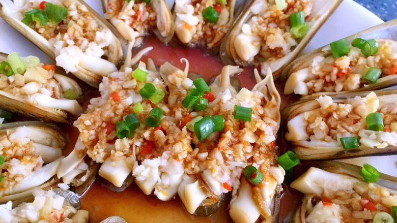蒜蓉蒸圣子,简单快手菜。