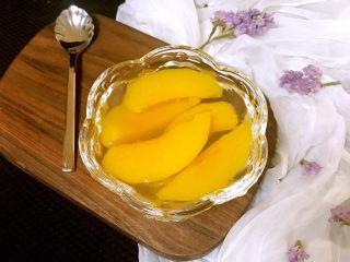 黄桃罐头,比外面买的不知道好吃多少倍