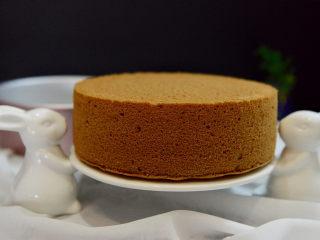 8寸可可味戚风蛋糕,成品图。