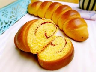 毛毛虫南瓜面包