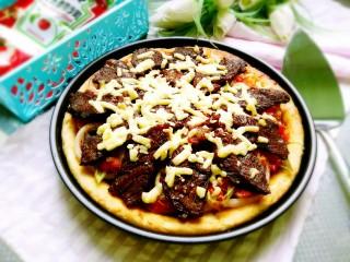 秘制烤牛肉披萨