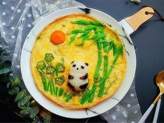 熊猫趣味早餐饼,可爱的熊猫蛋饼做好了,既有蛋饼还有饭团,有没有萌到你?