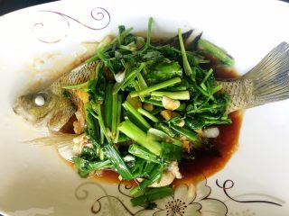 鲜美好吃的清蒸太阳鱼,简单美味的蒸鱼做好了