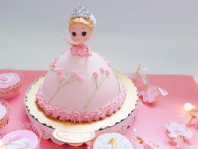 少女心萌萌哒芭比蛋糕