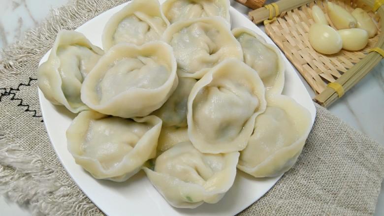 家常韭菜鸡蛋水饺(付饺子皮详细教程)