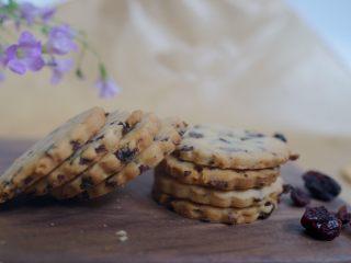 适合烘焙新手的简单又好吃的蔓越莓饼干