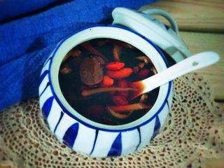 红糖枸杞老姜茶,美美哒拍照吧!美美的享用养颜茶吧!