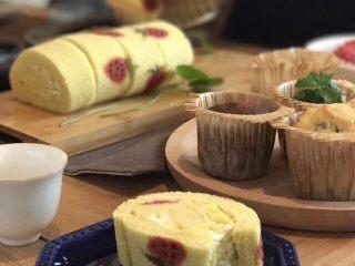 草莓蛋糕卷,摆盘展示🍓🍓😋