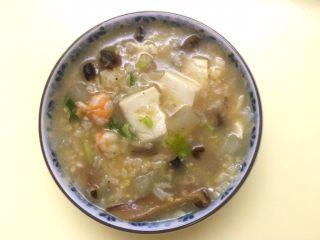 小米海鲜营养粥,可以开动了