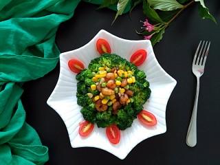 满园春色之素烧椰菜虾球,稍加摆盘装饰一下,开吃吧!