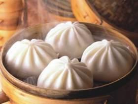 中国人早餐:吃面包的人快多过吃包子的了,你服不服?