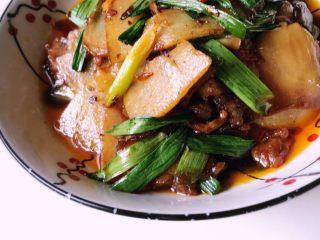 土豆回锅肉,出锅