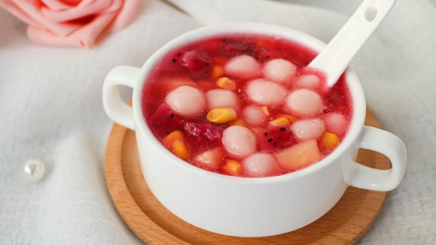 汤圆水果玉米羹