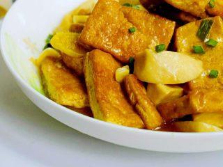 菌茹烩豆腐, 素菜也能鲜沫无比的哦!