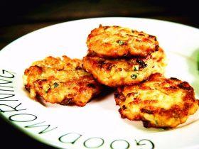 减脂增肌餐:杂蔬鸡胸肉饼
